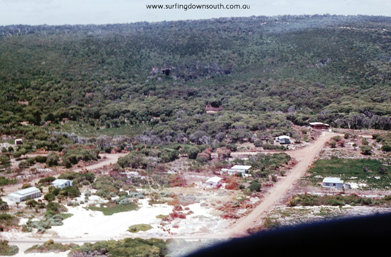 1970-marg-river-prevelly-north-end-shack-in-foreground-aerial-view-jim-breadsell-pic-1280x840